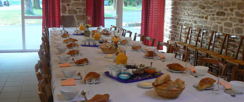 Location grand gîte de groupe en pension complète en Morbihan
