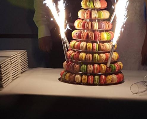 Les Ptits plats dans les grands, traiteur Morbihan - Pièce montée de macarons