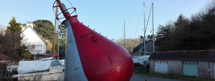 Bouée au port de brigneau